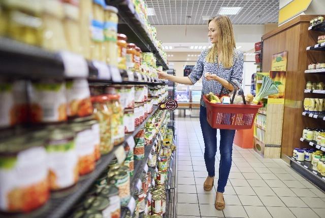 Foto Ahorrar en la cesta de la compra y comer sano es fácil
