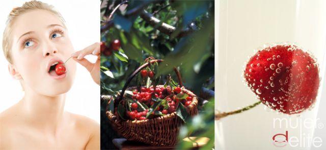 Foto Las cerezas son frutas ricas en vitaminas, deliciosas y de temporada