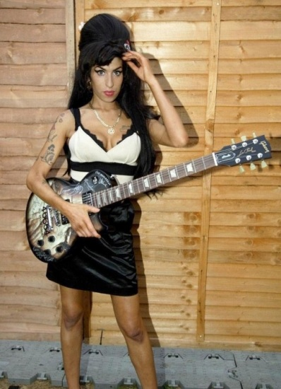 Amy Winehouse era un a... Amy Winehouse