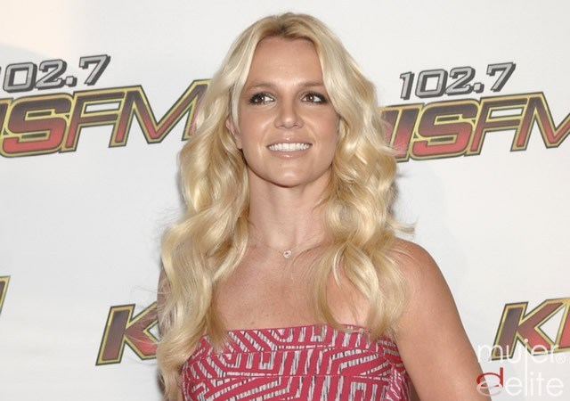Foto El maquillaje y peinado de Britney Spears
