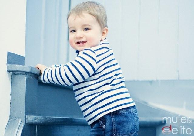 Foto Las escaleras son uno de los peligros del hogar para los más pequeños
