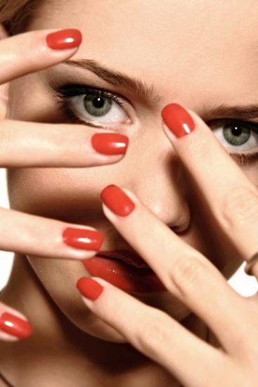 Foto Los instrumentos necesarios y cuidados básicos para presumir de uñas