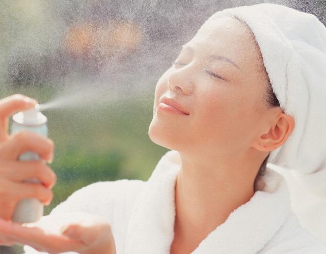 Foto Agua de avena, el truco para un maquillaje más duradero