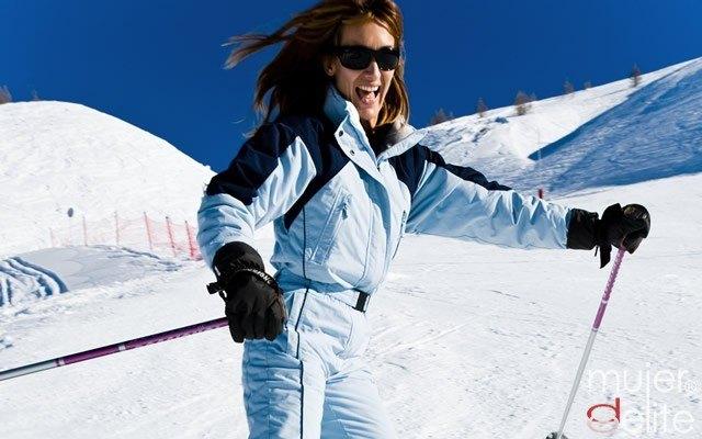 Foto El equipamiento necesario para esquiar con seguridad