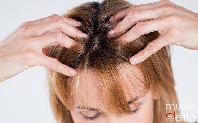 Foto Masajes capilares para frenar la caída del pelo