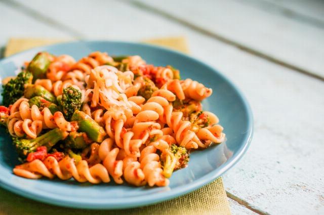Foto La pasta con verduras y en ensalada, una manera más sana y ligera de disfrutar de ella