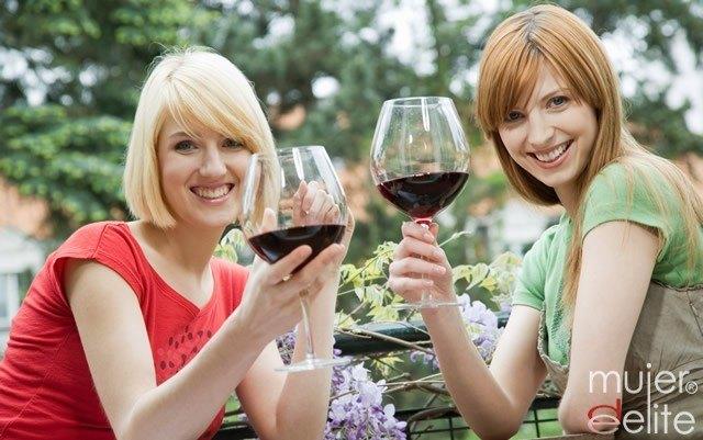 Foto Los motivos más saludables para tomar vino tinto a diario