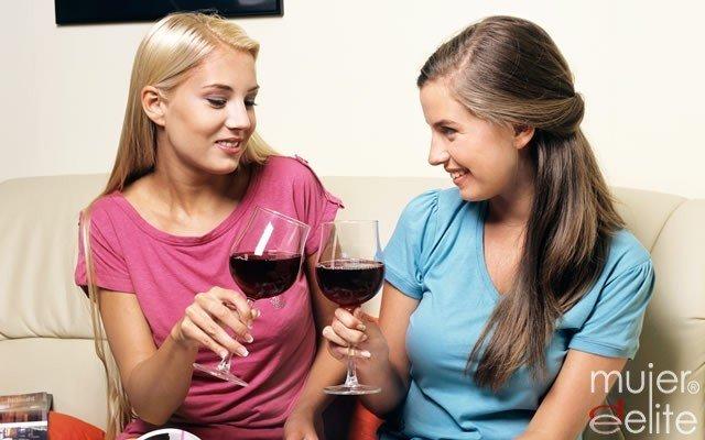 Foto Los beneficios del vino tinto en la salud femenina