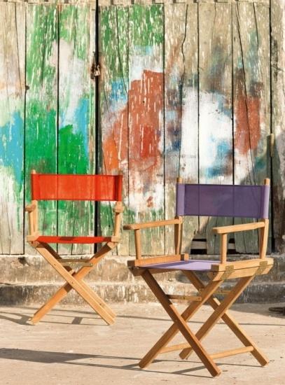 Foto Vuelven las sillas plegables para la decoración del jardín
