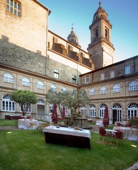 Foto Patio del Hotel San Francisco de Santiago de Compostela