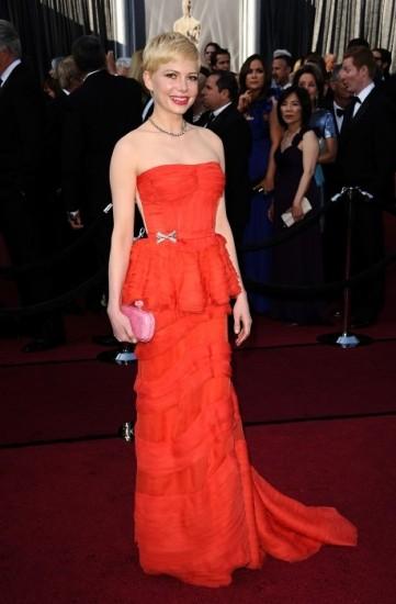 Foto Michelle Williams, peplum hasta en los Oscar