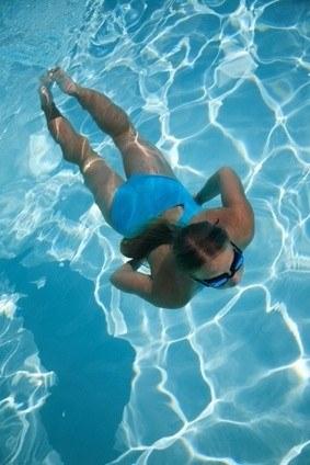 Foto Tonifica tu cuerpo en la piscina