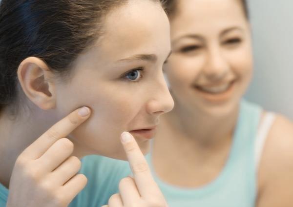 Foto Los aceites esenciales: la solución contra el acné