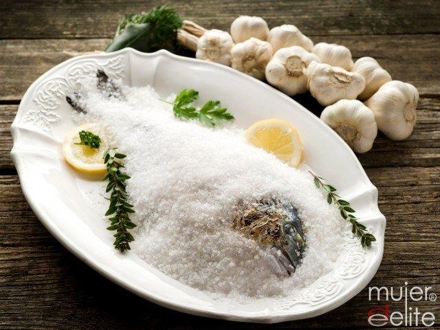 Foto Cocina el pescado de forma sencilla y con poca grasa