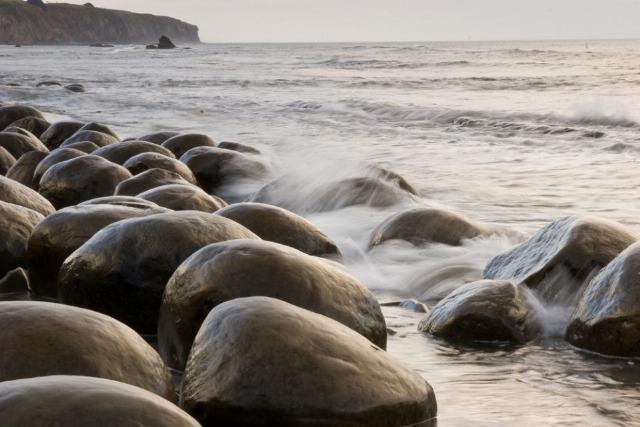 Foto Bowling Ball Beach en California, la playa más original