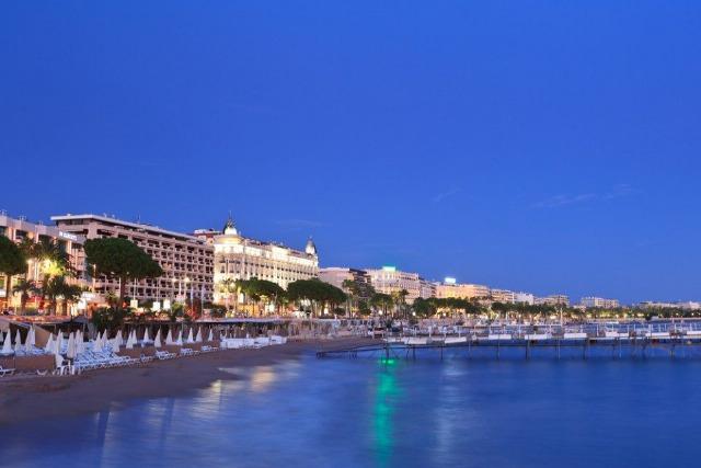 Foto La Playa de la Croisette en Cannes, la más sofisticada y glamourosa