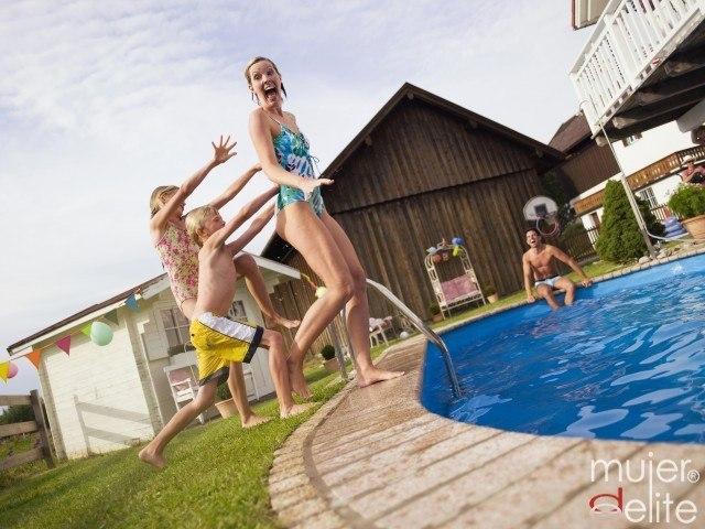 Foto Consejos para mantener tu piscina limpia y cuidada