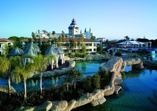 Foto Piscina del hotel Mardan Palace
