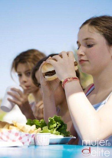 Foto La comida rápida no es una opción saludable para los niños