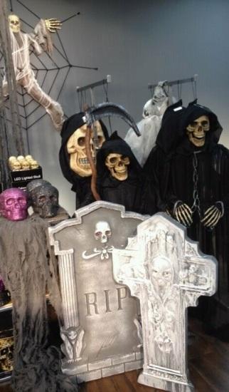 Foto Las tumbas son un complemento decorativo ideal para Halloween