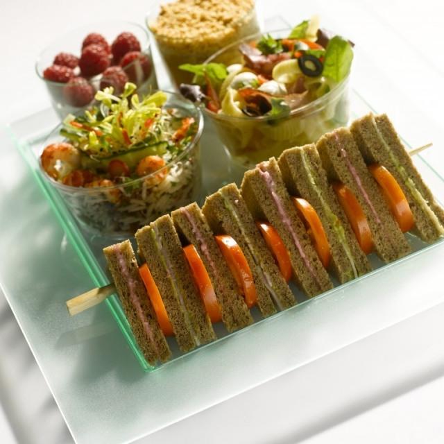 Foto Mini sándwiches integrales para no perder la línea en Navidad