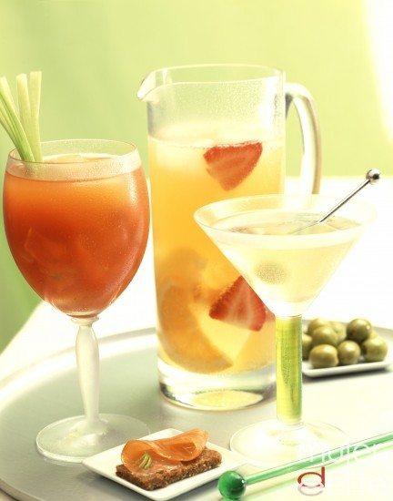 Foto Cócteles con zumos de frutas para Nochevieja