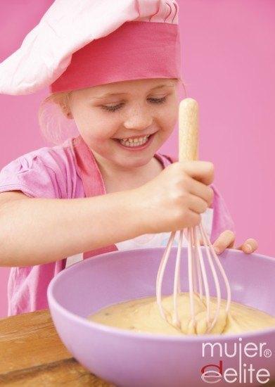 Foto Los niños pueden ayudarte a preparar la Tarta de Reyes