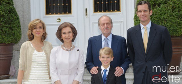 Foto La Familia Real en la primera comunión de Miguel Urdangarín