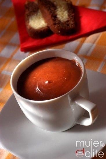Foto Tomar chocolate caliente es posible gracias a la dieta de los alcalinos
