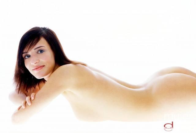 Foto Miniliposucciones para la grasa localizada en cartucheras, rodillas o abdomen