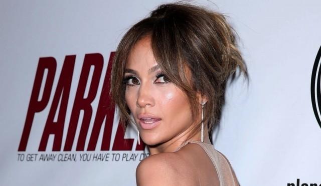 Foto Jennifer López se gasta 25.000 dólares para acabar con las arrugas