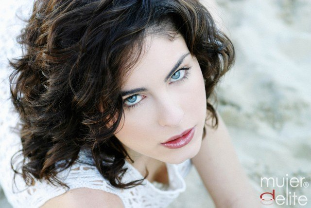 Foto Consigue una mirada joven y radiante