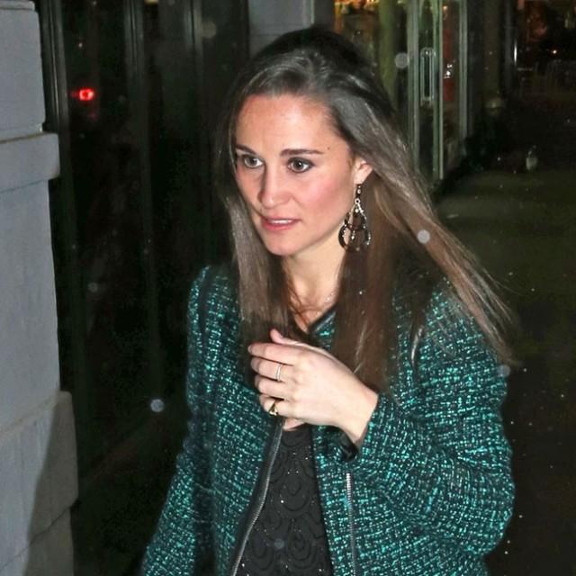 Foto Pippa Middleton apuesta por el tweed verde