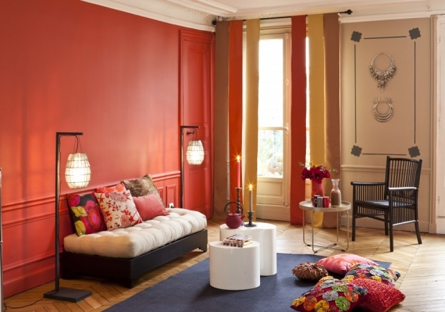 Foto Los pufs son muebles auxiliares muy prácticos para salones pequeños