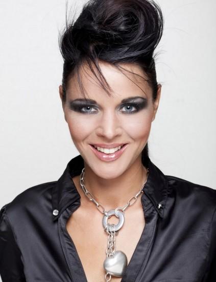 Foto Sombras metalizadas, imprescindibles en el maquillaje Glam Rock