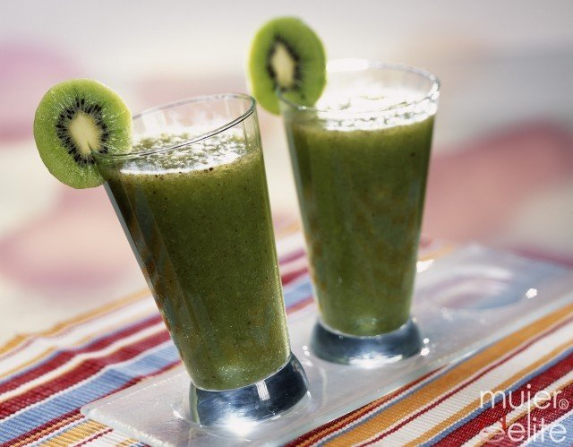 Foto Limonada con kiwi, una variante deliciosa