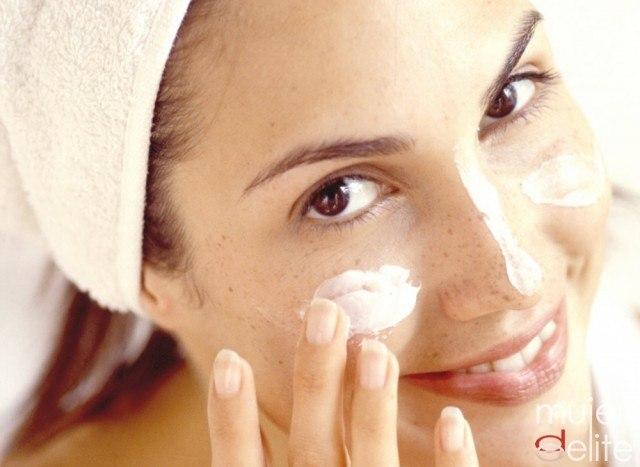 Foto Consejos de belleza para disimular las huellas de cansancio en el rostro