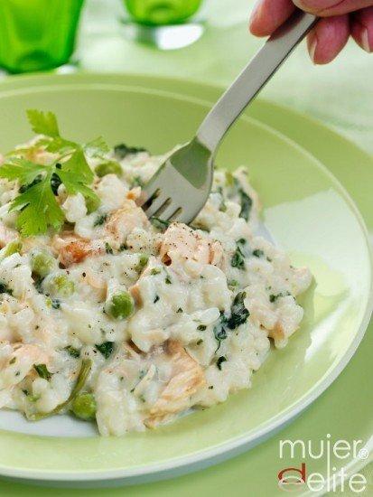 Foto Ensalada de atún y cangrejo, refrescante y nutritiva