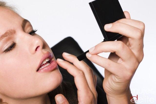 Foto Labios jugosos, indispensables en el maquillaje de día natural
