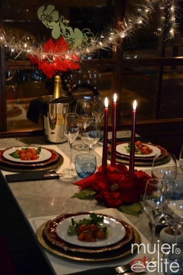 Foto Deslumbra en Nochevieja con la mesa mejor decorada