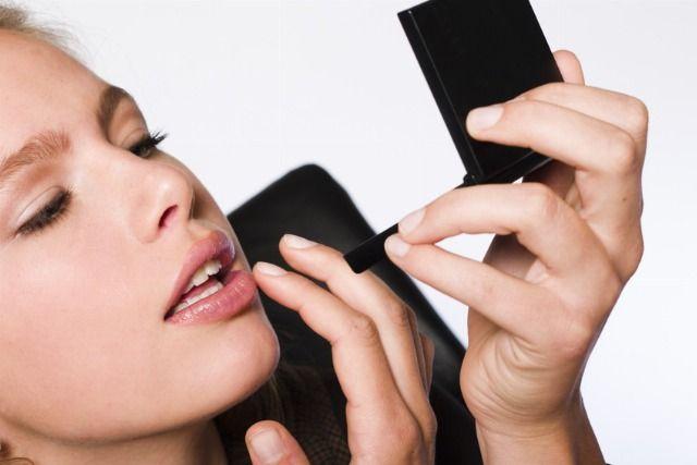 Foto Maquillaje natural para los labios
