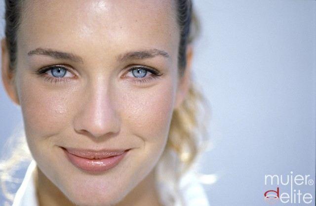 Foto Consejos de maquillaje para pieles grasas