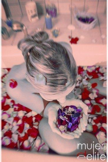 Foto Detalles indispensables para preparar un baño romántico