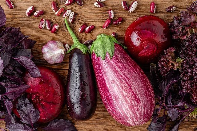 Foto Los alimentos morados son muy beneficiosos en la menopausia y osteoporosis