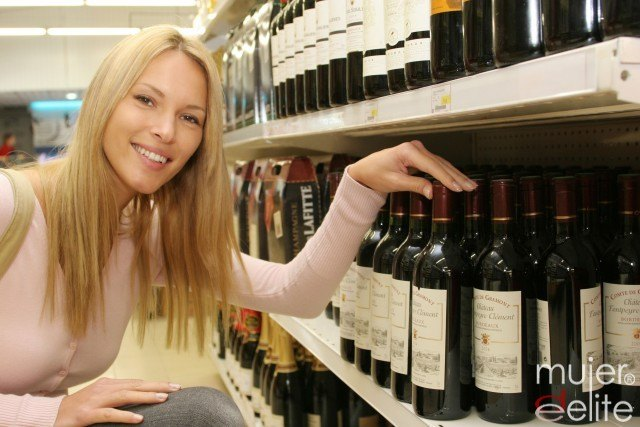 Foto Consejos para elegir el vino más adecuado para cada plato y cómo debe servirse y conservarse