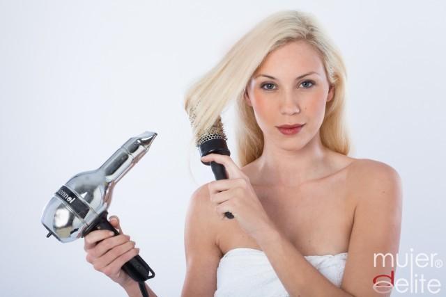 Foto Aléjate del calor y las planchas para evitar la caída del cabello en primavera