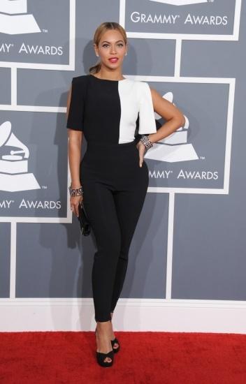 Foto Beyoncé tira de sirope de arce para combatir los kilos de más
