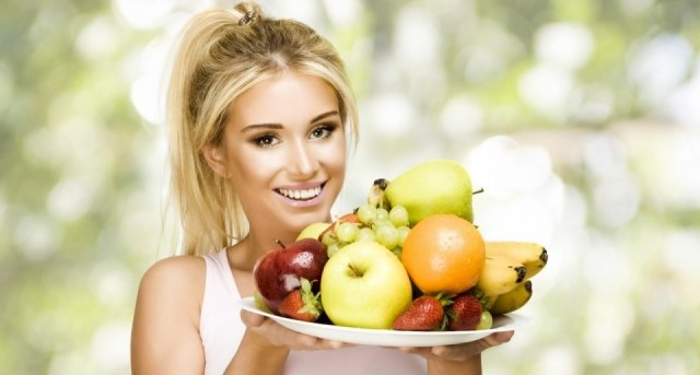 Descubre las frutas con menos calorías y más depurativas para ayudarte a adelgazar