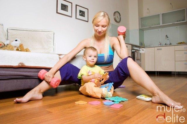 Foto Tabla de ejercicios tras el parto y con tu bebé