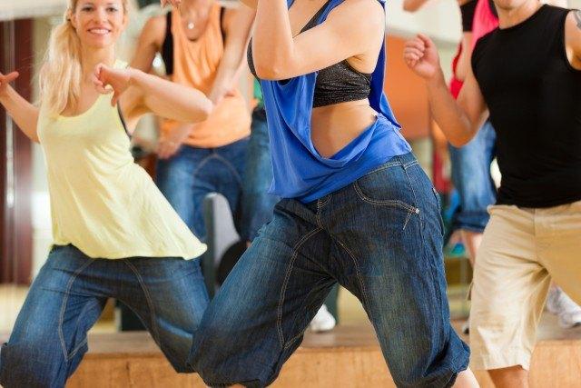 Puedo adelgazar bailando zumba dance
